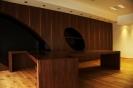 Moderna pisarna iz oreha